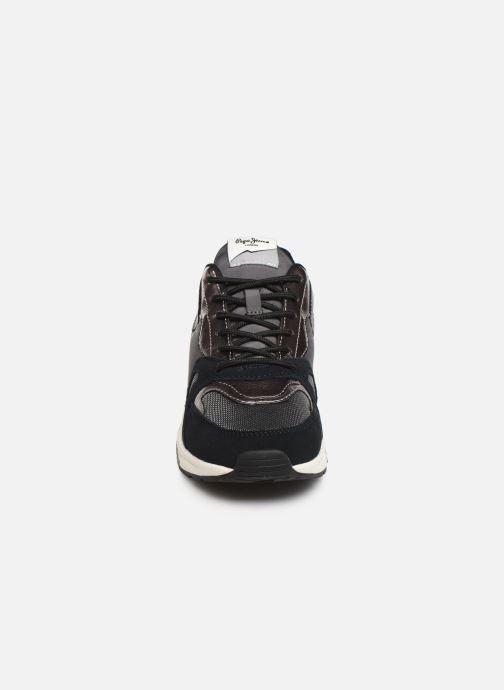 Baskets Pepe jeans Harlow Up Run C Noir vue portées chaussures