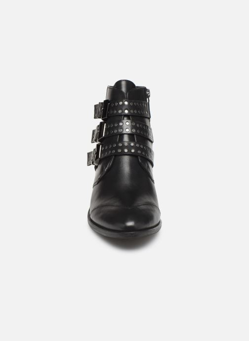 Ankle boots Pepe jeans Chiswick Lessy C Black model view