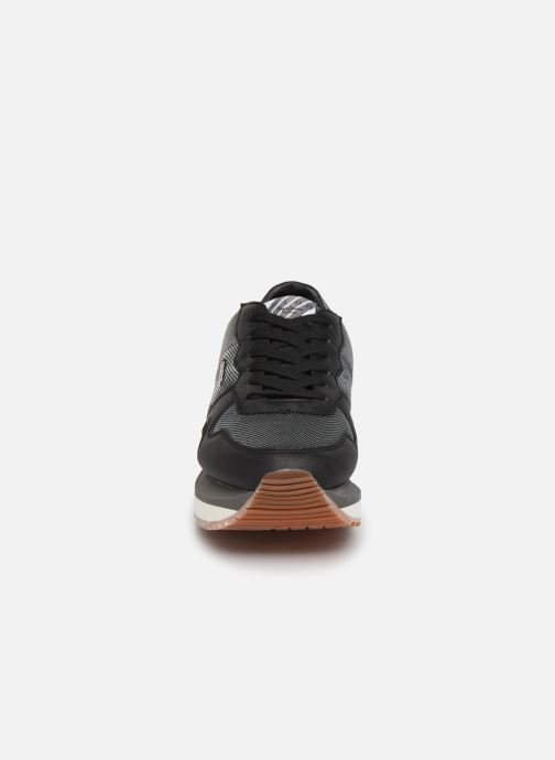 Trainers Pepe jeans Zion Mesh Black model view