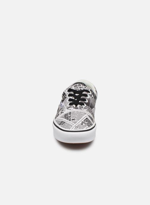 Baskets Vans ComfyCush Era W Blanc vue portées chaussures