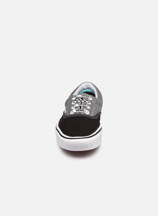 Sneaker Vans ComfyCush Era W grau schuhe getragen