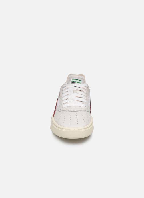 Baskets Puma Cali-0 Vintage Blanc vue portées chaussures