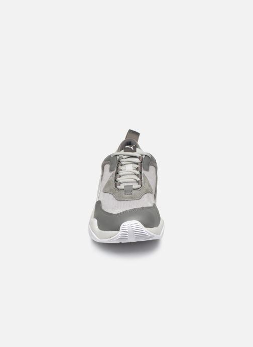 Baskets Puma Thunder Fashion 2.0 Gris vue portées chaussures
