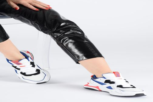 Sneakers Puma Nova 2 Wn'S Nero immagine dal basso