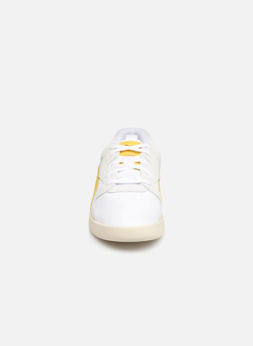 Baskets Puma Aeon Heritage Wn'S Blanc vue portées chaussures
