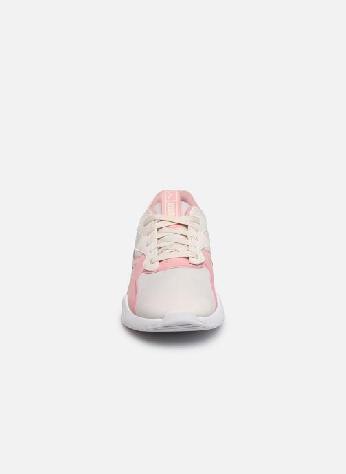 Sneakers Puma Nova Wn'S Bianco modello indossato