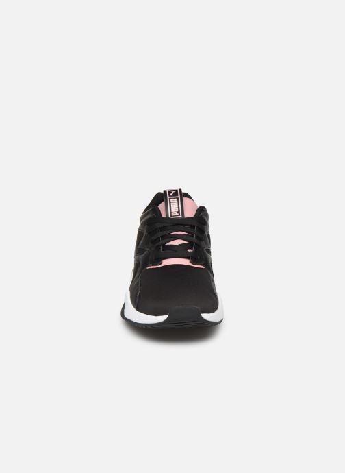 Sneakers Puma Nova Wn'S Nero modello indossato