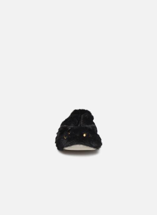 Slippers Isotoner Ballerine fourrure chat Black model view