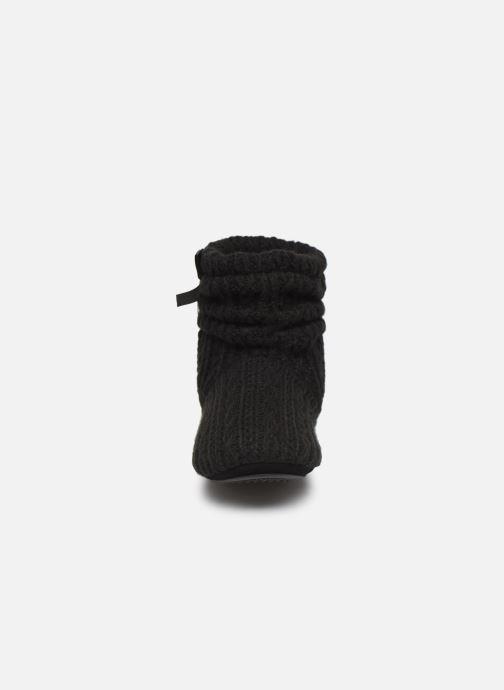 Slippers Isotoner Botillon tricot et nœud Black model view