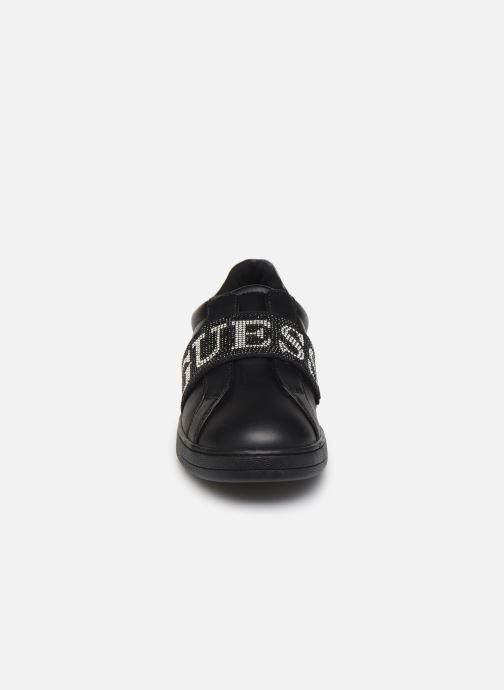 Baskets Guess FL8CORLEA12 Noir vue portées chaussures