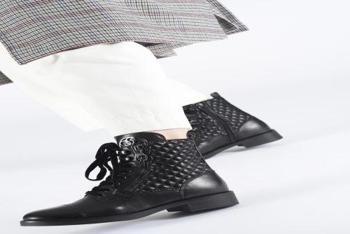 Boots en enkellaarsjes Guess FL8BEGFAL10 Zwart onder