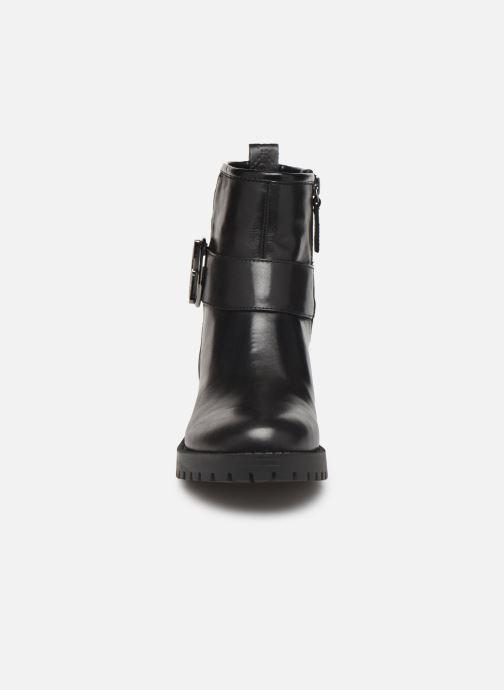 Bottines et boots Guess FL8HADLEA10 Noir vue portées chaussures
