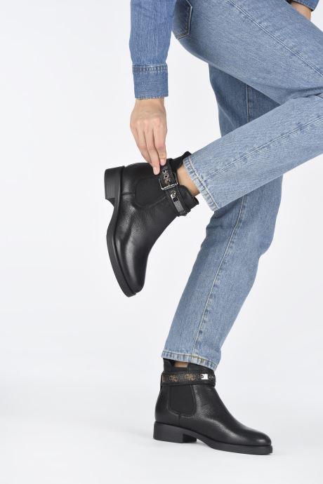 Bottines et boots Guess FL8BATFAL10 Marron vue bas / vue portée sac