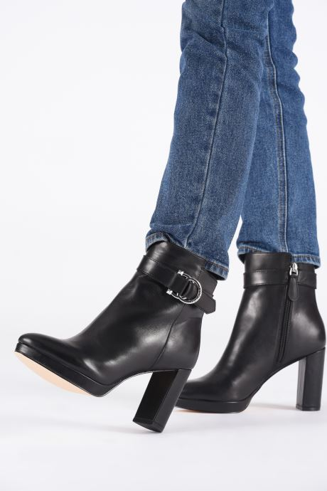 Ankle boots Guess FL8ABBLEA10 Black view from underneath / model view