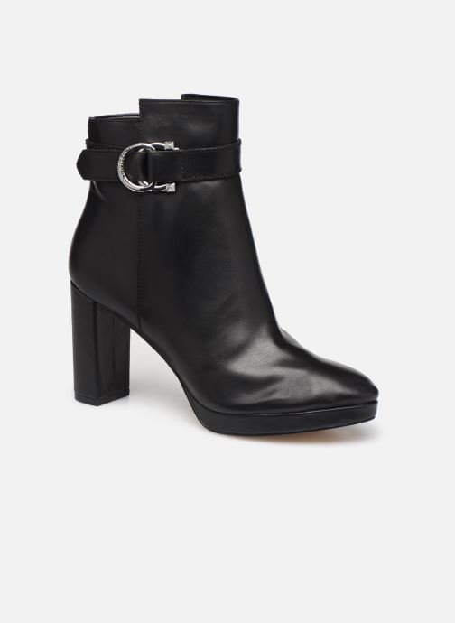 Ankle boots Guess FL8ABBLEA10 Black detailed view/ Pair view
