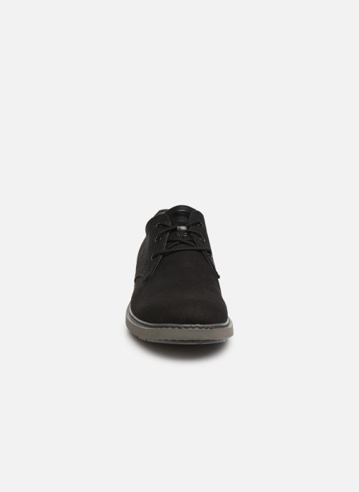 Scarpe con lacci Camper Neuman K100221 Nero modello indossato
