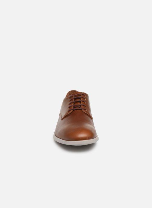 Chaussures à lacets Camper Truman K100243 Marron vue portées chaussures