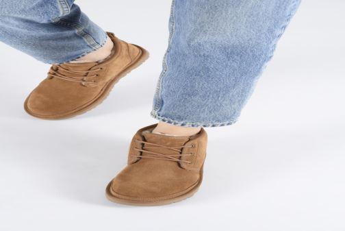 Bottines et boots UGG Neumel W Gris vue bas / vue portée sac