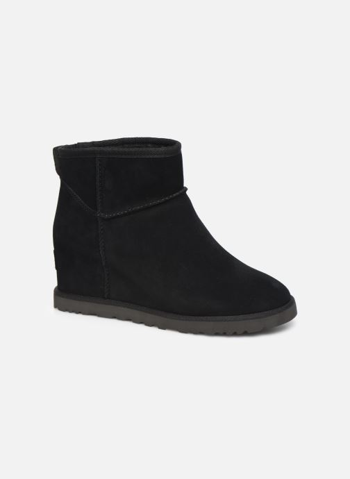 Ankle boots UGG Classic Femme Mini Black detailed view/ Pair view