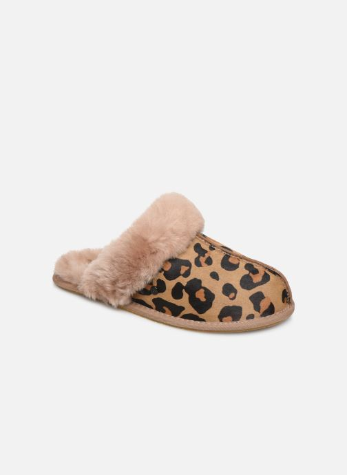 Slippers UGG Scuffette II Leopard Brown detailed view/ Pair view