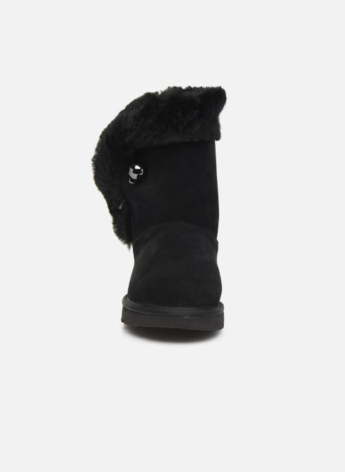 Bottines et boots UGG Classic Fluff Pin Noir vue portées chaussures