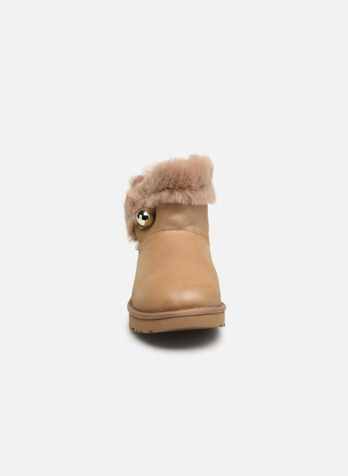 Bottines et boots UGG Classic Fluff Pin Mini Or et bronze vue portées chaussures