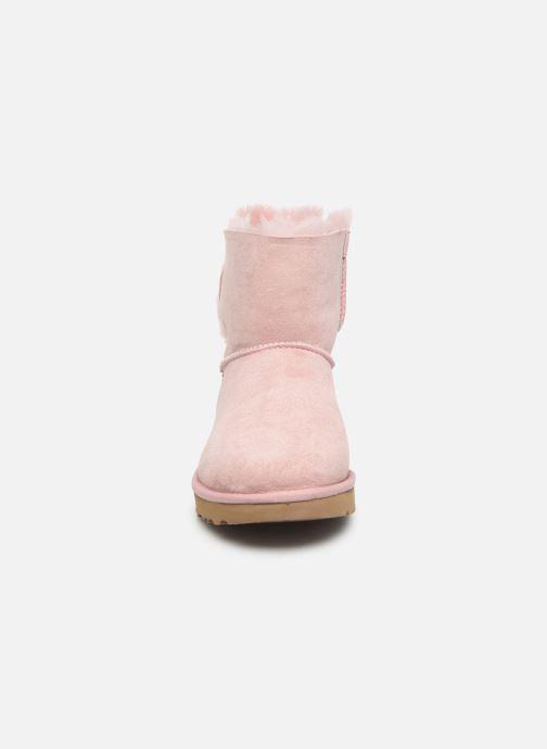 Bottines et boots UGG Classic Double Bow Mini Rose vue portées chaussures