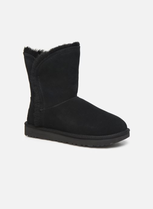 Bottines et boots UGG Classic Short Fluff High-Low Noir vue détail/paire