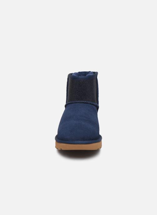 Bottines et boots UGG Classic Mini Ugg Sparkle Bleu vue portées chaussures