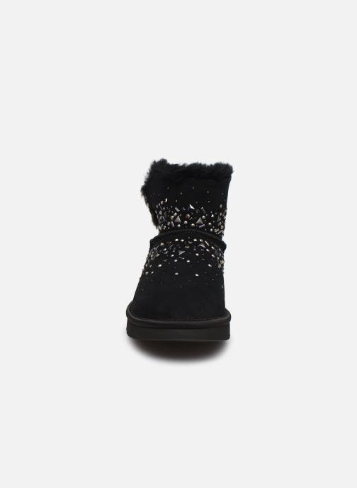 Bottines et boots UGG Classic Galaxy Bling Mini Noir vue portées chaussures