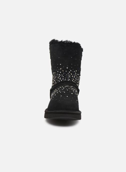 Bottines et boots UGG Classic Galaxy Bling Short Noir vue portées chaussures