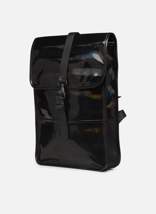 Mochilas Rains  Holographic Backpack Mini Negro vista del modelo
