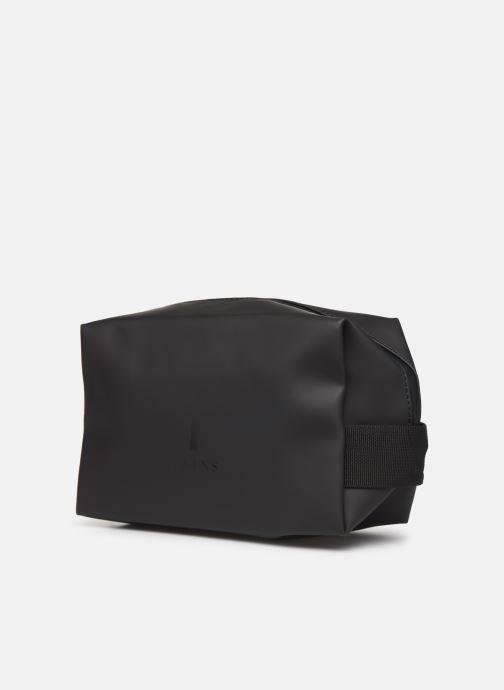 Reisegepäck Rains  Wash Bag Small schwarz schuhe getragen