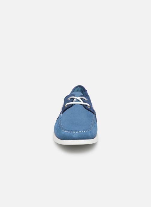 Zapatos con cordones Faguo Boat Shoes Larch Suede Azul vista del modelo