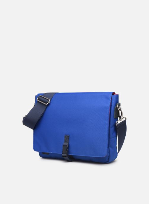 Petite Maroquinerie Faguo Messenger Syn Wov Bleu vue portées chaussures