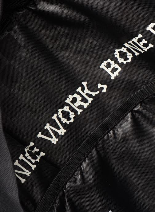 Rucksäcke Vans MN OLD SKOOL III BACKPACK schwarz ansicht von hinten