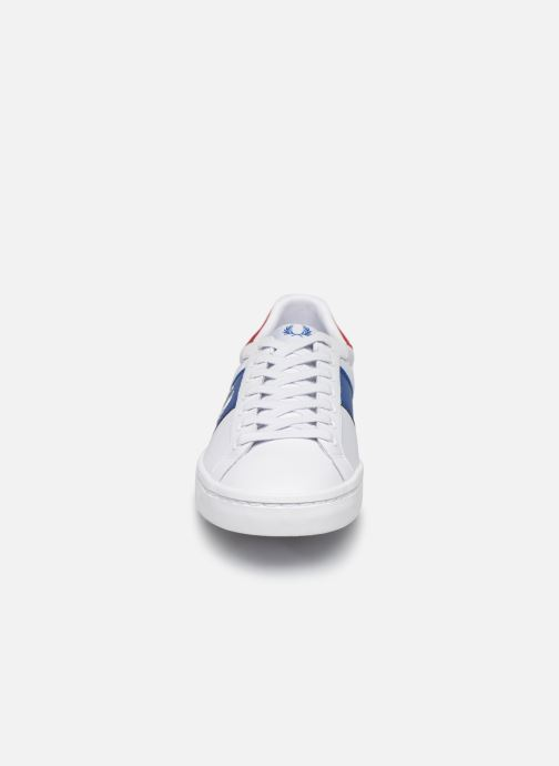 Baskets Fred Perry Lawn Leather Mesh Blanc vue portées chaussures