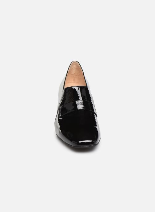 Loafers Georgia Rose Waheel soft Sort se skoene på