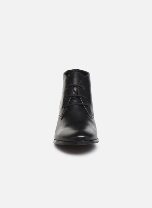 Chaussures à lacets Georgia Rose Walace Soft Noir vue portées chaussures