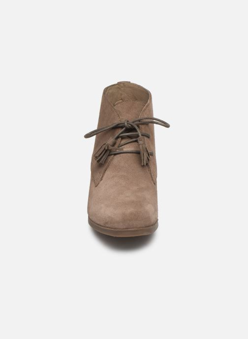 Ankle boots Scholl Griel 2.0 C Beige model view