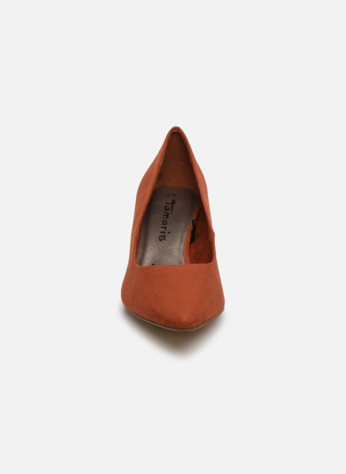 Zapatos de tacón Tamaris 22459 Marrón vista del modelo