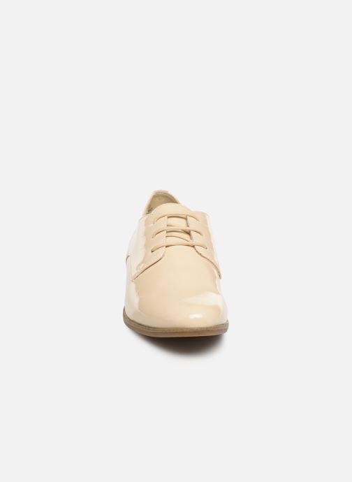 Chaussures à lacets Tamaris 23220 Blanc vue portées chaussures