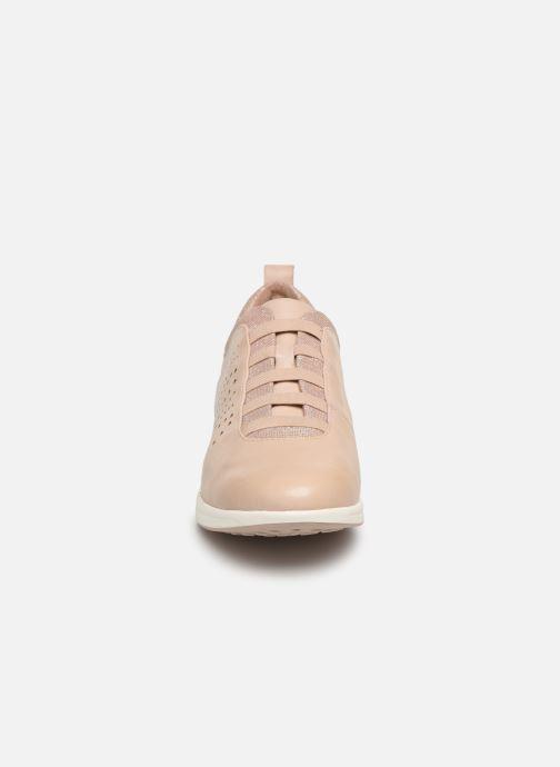 Baskets Tamaris 24629 Rose vue portées chaussures