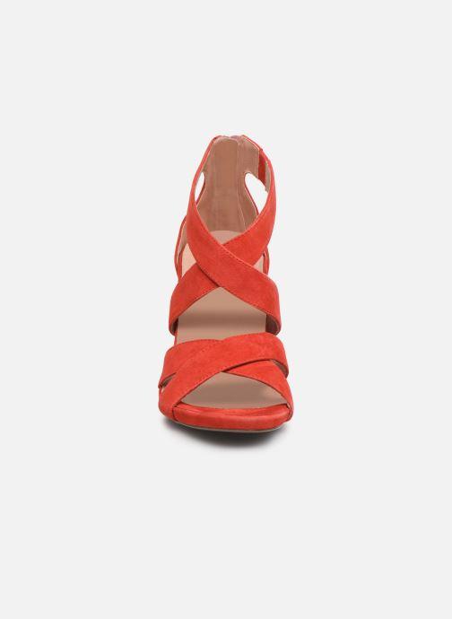 Sandales et nu-pieds Tamaris 28302 Rouge vue portées chaussures
