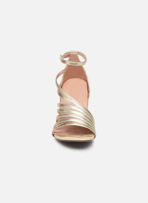 Sandales et nu-pieds Tamaris 28303 Or et bronze vue portées chaussures