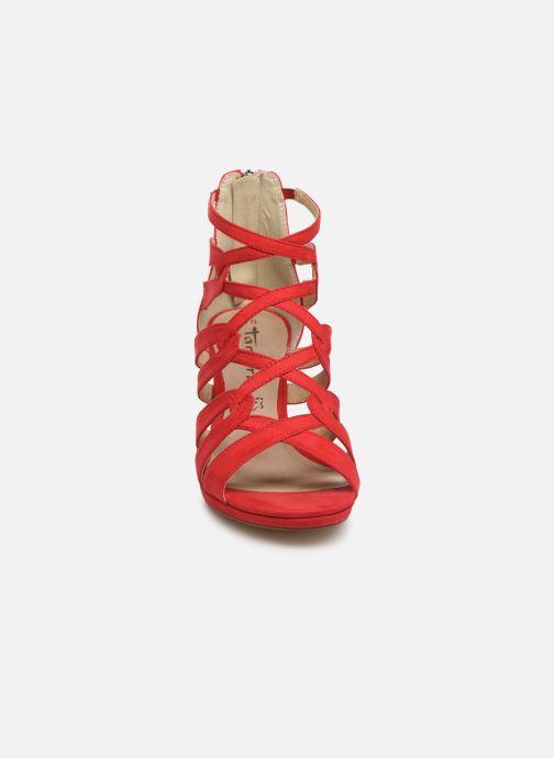 Sandali e scarpe aperte Tamaris 28353 Rosso modello indossato