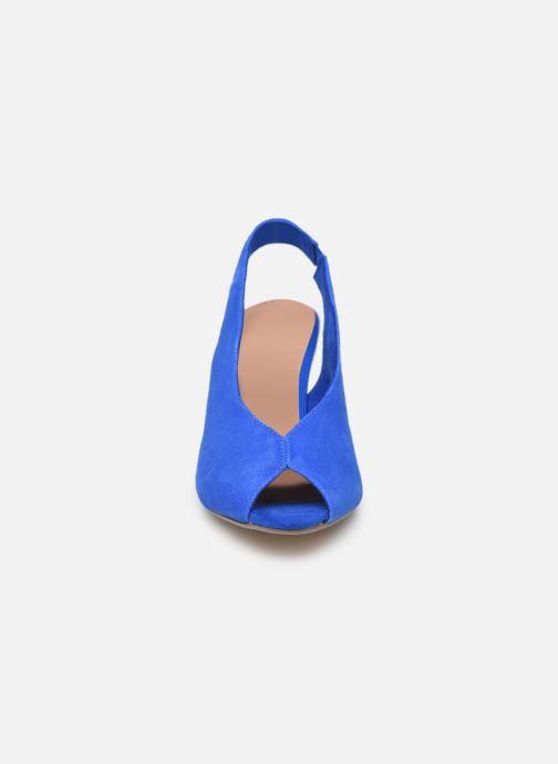Zapatos de tacón Tamaris 29614 Azul vista del modelo