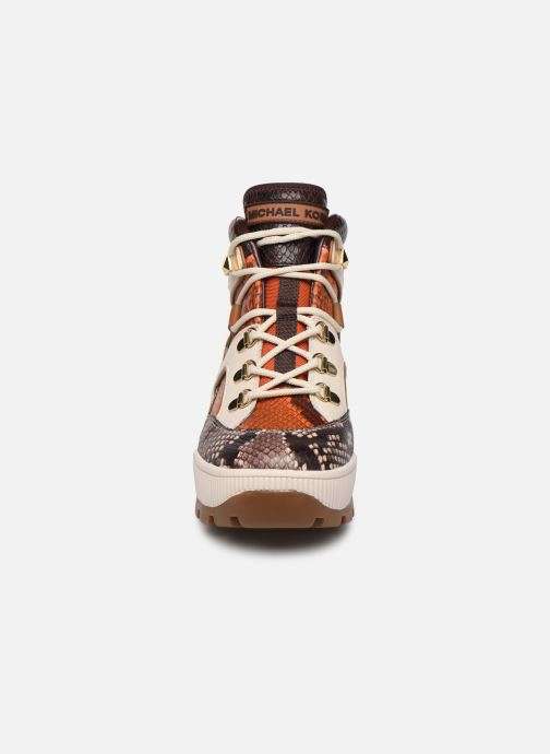 Stivaletti e tronchetti Michael Michael Kors Brooke Bootie Multicolore modello indossato