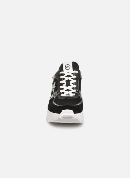 Sneakers Michael Michael Kors Ballard Trainer Nero modello indossato