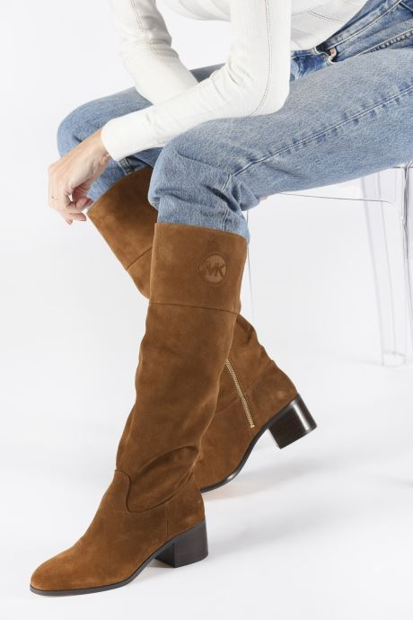 Bottes Michael Michael Kors Dylyn Boot Marron vue bas / vue portée sac